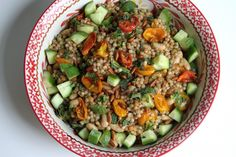 Roasted Tomato and White Bean Couscous with Roasted Garlic & Kalamata Olive Vinaigrette [Baker By Nature] - could sub quinoa for couscous Pasta Salad Recipes, Veggie Recipes, Appetizer Recipes, Whole Food Recipes, Vegetarian Recipes, Veggie Food, Appetizers, Healthy Salads, Healthy Food