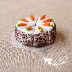 Miniature Carrot Cake