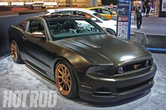 SEMA_2012_FORD_MUSTANG_POWERED_BY_WOMEN