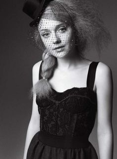 There's something very captivating about Dakota Fanning.