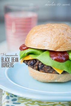 Homemade Black Bean Burger   chocolateandcarrots.com #recipe #dinner