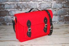 Items similar to Felt Laptop 17 inch bag with pocket, satchel, Macbook Pro 17 inch, CUSTOM size Laptop bag, case on Etsy Macbook Pro 17 Inch, Macbook 15, Unique Bags, Casual Bags, Custom Bags, Grey Leather, Laptop Bag, Bag Making, Messenger Bag