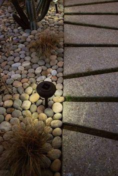 kleines terrassenplatten siegers katalog bild der ddcdfbefb landscape lighting design modern landscape design