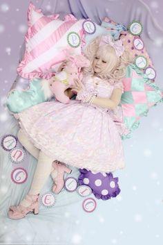 tradicionalart: 翠星のRibbonin Sugary Carnival  Sweet Lolita Fashion