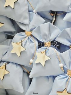Μπομπονιέρα με θέμα το αστέρι: ΚΩΔ Ρ069 Confetti Bags, Baby Hamper, Baptism Favors, Baby Christening, Love Pictures, Handmade Baby, New Years Eve, Baby Room, Wedding Favors