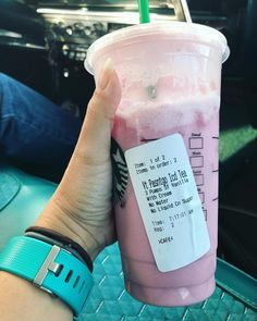starbucks coffee drinks - Starbucks Has a Keto Version of the Pink Drink, and It Looks Delicious Healthy Starbucks Drinks, Secret Starbucks Drinks, Starbucks Recipes, Healthy Drinks, Healthy Recipes, Healthy Eats, Starbucks Pink Drink Recipe, Starbucks Menu, Nutrition Drinks