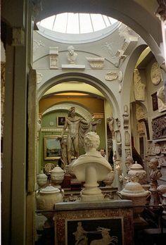 Una habitación en The John Soane Museum de Londres.