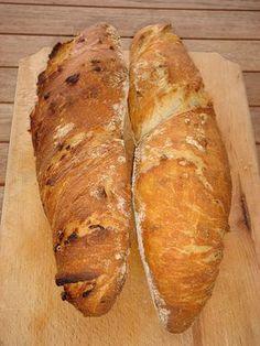 Nem vagyok mesterszakács: Sült hagymás gyökérkenyér – pain paillasse természetes kovásszal, dagasztás nélkül Bread Recipes, Cake Recipes, Croissant Bread, Vegan Bread, Hungarian Recipes, Bread Baking, Healthy Life, Bakery, Food And Drink