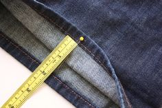 Tips on where the hemline should be on your jeans and pants depending on which type of pants you have: wideleg/bell, straight, skinny, boot. All broken into type and what it should be.