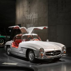 "Undisputedly one of the most popular vehicles in our museum: Our Mercedes-Benz 300 SL ""Gullwing"". What is your favorite Mercedes-Benz Car? Photo via Mercedes-Benz Museum Cadillac, Merc Benz, Mercedes Benz 190, Nova, Car Museum, Classic Mercedes, Car Brands, Car Photos, Rolls Royce"