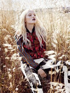 visual optimism; fashion editorials, shows, campaigns & more!: w biegu na szczyt: maja salamon by agata pospieszyńska for elle poland september 2014