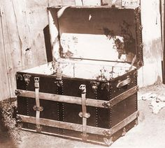 The trunk which held the body of Emma LeDoux's murdered husband.