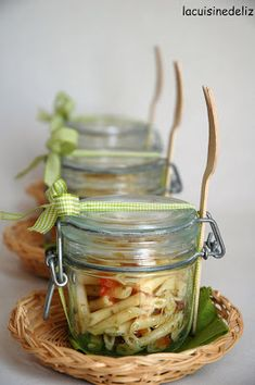 Cute way to serve during outdoor parties or bbq