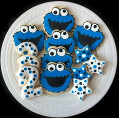 Decorated Cookie Monster Cookies with numbers and stars, Perfect for your child's Birthday Party. Monster Birthday Cakes, Cookie Monster Party, Birthday Cookies, Super Cookies, Cookies For Kids, Galletas Cookies, Cupcake Cookies, Cartoon Cookie, Cookie Crush