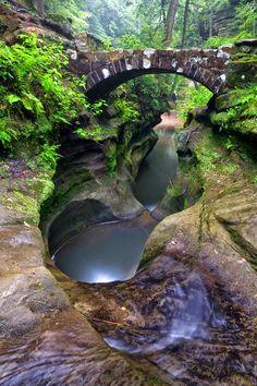 Devil's bathtub,jefferson national park