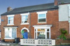 3 bedroom House for sale, Lansdowne Road, Swadlincote, Derbyshire, DE11 | £100,000