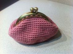 Monederet Coin Purse, Wallet, Purses, Fashion, Handbags, Moda, La Mode, Coin Purses, Handmade Purses