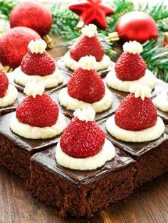 #santa hat #christmas #chocolate #brownies #strawberries #desserts