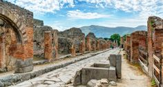 Pompeii restored with help of artefact thieves: fragments with apologies return by the hundreds - The Local