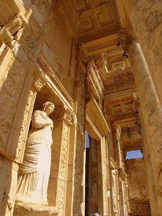 Thanks Ancient Greece, Sparta, Ancient Greek Art, Ancient Ruins, Ancient Rome, Ancient Greece, Mayan Ruins, Egyptian Art, Ancient Artifacts, Ancient Greek Architecture, Roman Architecture