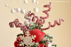 Decorating Christmas Tree Decorated With Feathers Christmas Tree Topper Stars Christmas Decorated Doors Christmas Tree Star Topper Elegant Christmas Tree Decorating Ideas Christmas Tree Star Topper, Christmas Tree Angel, Christmas Tree With Snow, Pallet Christmas Tree, Christmas Tree Themes, Christmas Pictures, Christmas Time, Christmas Wreaths, Christmas Crafts