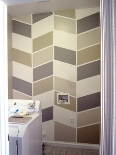DIY -Herringbone Color-Blocked Wall Pattern (great for the laundry room)