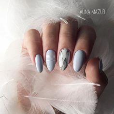 """Repost @alina_mazur_nails_vzm ・・・ •Комбинированный маникюр •Укрепление акрилом •Выравнивание ногтевой пластины •Покрытие гель-лаком •Рисунок """"Мрамор"""" •Ленты В работе использованы: белый цвет Kodi 33,второй цвет намешала сама,мат топ NL,топ без л.с. Uno #Regram via @nail_art_club_"""