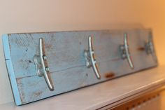 Hey, I found this really awesome Etsy listing at https://www.etsy.com/listing/226754608/nautical-boat-cleat-rack-coastal-wall