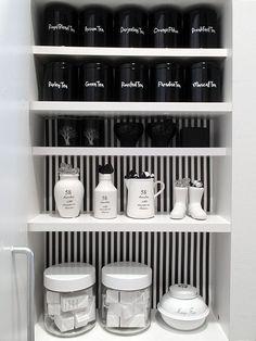 ニューヨークスタイル☆シンプルモダンでかっこいい部屋に住もう! | folk 食器棚