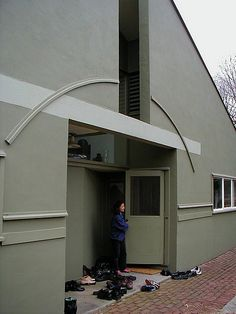 Vanna Venturi House - Robert Venturi, Architect