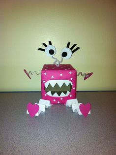 Valentine box for my daughter at school!!! by tami
