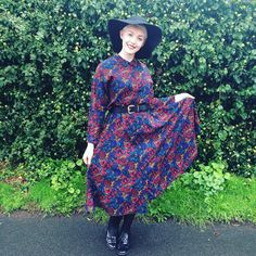The pattern on this dress is just lush!  #vintage #dress #fashionblogger #libertyoflondon - THanks to @girlinthevintagedress! #libertygardenparty