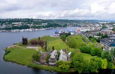"""""""Gas Works Park is Easily the Strangest Park in Seattle, and May Rank Among the Strangest in the World."""""""