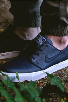 "sports shoes ed286 0e36d Nike SB Stefan Janoski QS ""Blue Croc"" Nike Tennis Shoes, Nike Heels,. Nike  Tennis ShoesNike HeelsSkate ShoesNike FashionMens ..."
