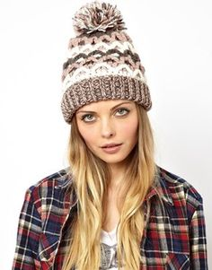 Pull&Bear Chunky Knit Bobble Hat