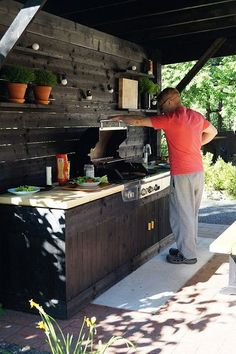 Outdoor Kitchen Patio, Outdoor Kitchen Design, Patio Design, Kitchen Decor, Backyard Sheds, Backyard Patio, Bbq Shed, Outdoor Grill Station, Gazebo
