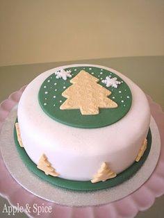 Apple & Spice: Christmas Cake 2012 – Oh Christmas Tree Oh Christmas Tree…