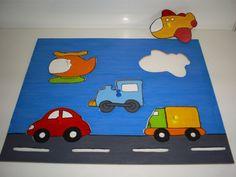 Quebra-cabeça Meios de transporte  Tamanho: 28x34cm, feita com mdf de 3mm. Para crianças apartir de 18 meses.