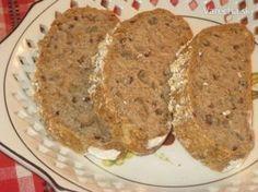 voňavý celozrnný ovsený chlebík-:) veľmi sa mi páči recept na domáci nemiesený chlebík,ktorý je tu na vareche...použila som postup toho receptu, ale suroviny som si zmenila podľa seba-:) výsledok je výborný Slovak Recipes, Vegan Bread, Ham, Mashed Potatoes, Banana Bread, Food And Drink, Lose Weight, Health Fitness, Healthy Eating