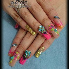 """#uñasacrilicas #uuñas#nails #exotic #nails #unikas #Markvázquez #educadorprofesional #villahermosa #tabasco #notpolinot #profesionalesdelasuñas #nailart…"""
