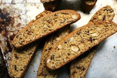 Fig and Hazelnut Biscotti - One Hundred Dollars a Month Fig Cookies, Chocolate Cookies, Fig Biscotti Recipe, Yummy Treats, Yummy Food, Pizza, Dried Figs, Breakfast Cookies, Homemade Cookies