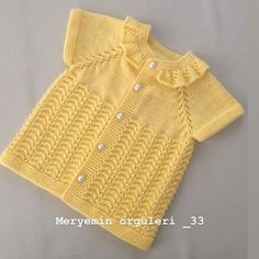 July Duarte's 655 Media Content And Anal - Diy Crafts - maallure Baby Boy Knitting Patterns, Baby Dress Patterns, Knitting Designs, Baby Cardigan, Baby Pullover, Crochet Bebe, Knitted Poncho, Baby Sweaters, Kind Mode