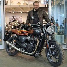 View a handful of my most desired builds - handpicked scrambler concepts like Triumph Street Scrambler, Triumph Street Twin, Triumph Cafe Racer, Triumph Scrambler, Cafe Racer Bikes, Triumph Motorcycles, Triumph Bonneville, Cafe Racers, Vintage Bikes