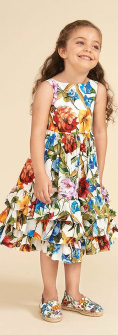 DOLCE & GABBANA Girls Mini Me Fiori Rampicanti Climbing Flower Print Dress Spring Summer 2018. Love this delightfully pretty mini me look Inspired by the D&G Women's Collection. Perfect Summer dress for a little princess at the beach or on vacation. Pretty Summer Look for a stylish kid, tween and teen girls. #dolcegabbana #girlsdresses #kidsfashion #fashionkids #childrensclothing #girlsclothes #girlsclothing #girlsfashion