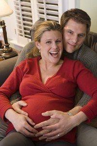 Grossesse, sexualité, accouchement, risques, dangers - Sexualité pendant la grossesse, enceinte, faire l'amour, relations sexuelles - Pouvons-nous faire l'amour jusqu'à l'accouchement ? Oui, vous le pouvez. Mais en réalité, peu de couples fonctionnent ainsi. Le plus souvent, en fin de grossesse...