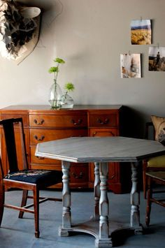 Simple: How to white wash/antique your furniture!