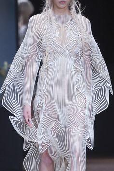 Iris Van Herpen Fall 2017 Couture Collection.