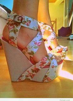 Floral wedges #shoes @Jenniferw