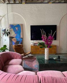 Interior And Exterior, Interior Architecture, Aesthetic Rooms, Artist Aesthetic, Home And Deco, Interiores Design, Home Decor Inspiration, Decor Ideas, Home Design