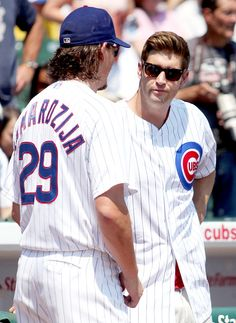 On Saturday we saw a melding of the two, as Chicago Cubs pitcher Jeff Samardzija -- himself a former high-level football player -- watched Chicago Bears quarterback Jay Cutler throw out the first pitch at Wrigley Field. Tasos Katopodis/Getty Images